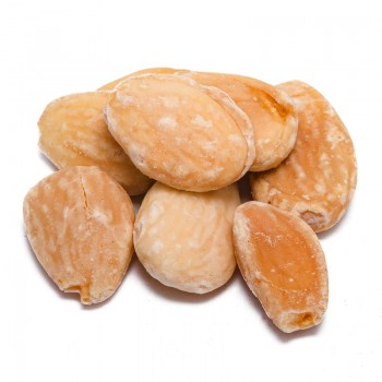 Salted toasted almonds