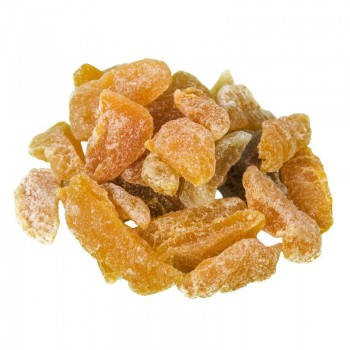 Dehydrated cloves peaches